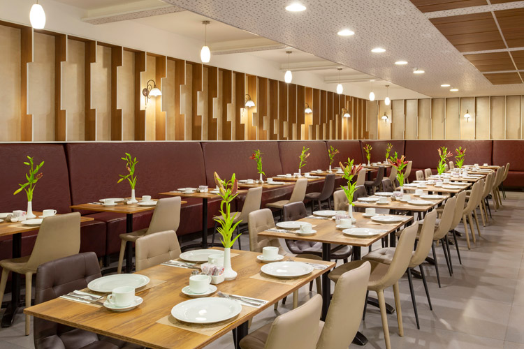 Dinning Room - Rimonim City Center